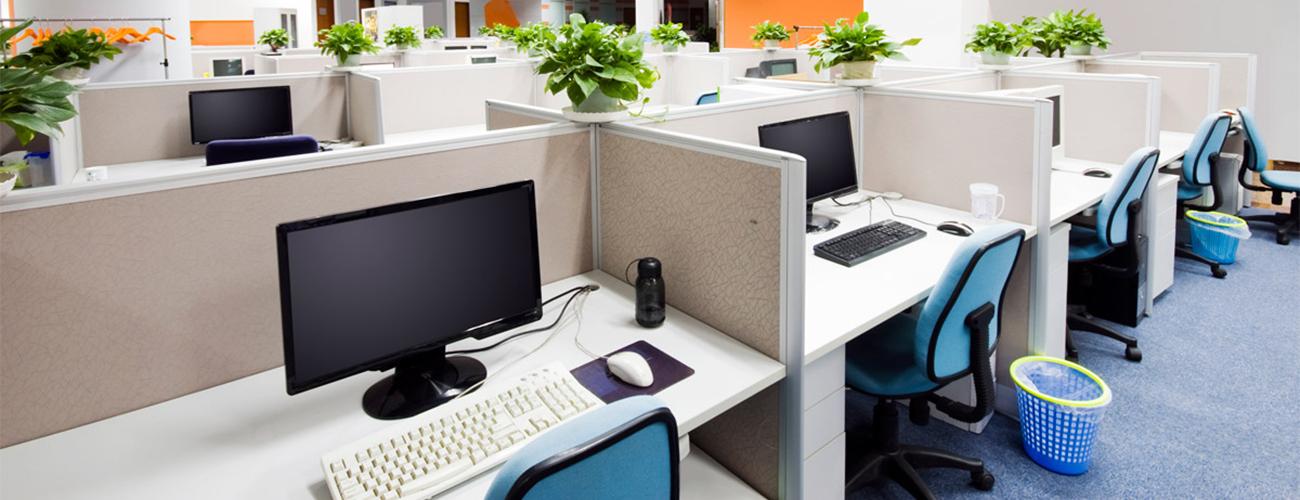 Faites appel à nos services pour le nettoyage de bureaux, entretien d'immeubles …